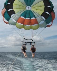 parasailing-054crfree600